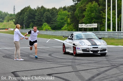 Marcin Urbaś vs. Carrera Cars Team