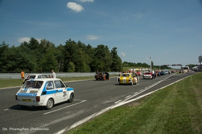Wyscigi samochodowe Tor Poznan (70)